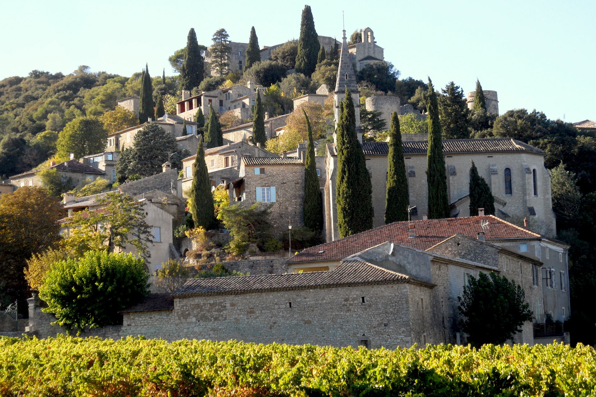 La Roque sur Cèze, at the foot of the Castle, lovely village house with panoramic views