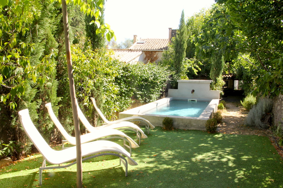2194 : Uzès, town centre, charming renovated town house with garden and pool